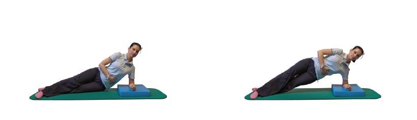 Seitstütz mit gestreckten Beinen und Becken gehoben halten